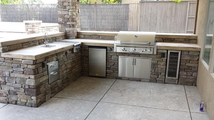 Recent outdoor kitchen projects sacramento quality family for Eldorado stone outdoor kitchen cabinet