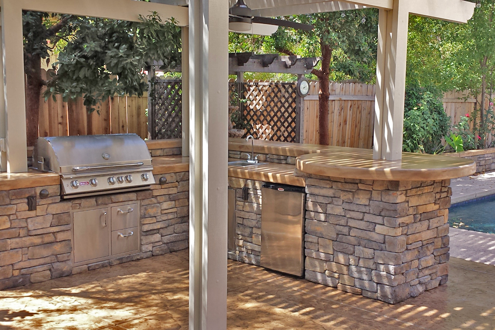 el dorado stone vanier outdoor kitchen with patio cover