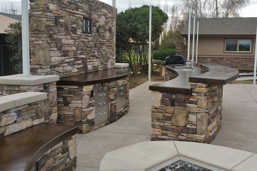 el dorado stone vanier outdoor kitchen with hardscape