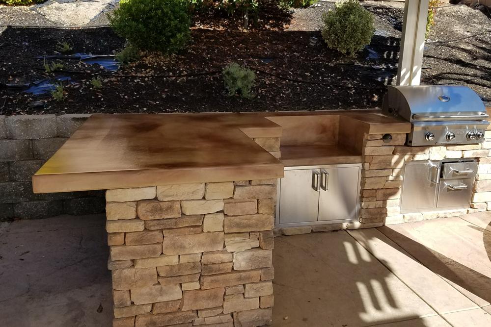 El Dorado Stone Outdoor Kitchen Designed in Roseville